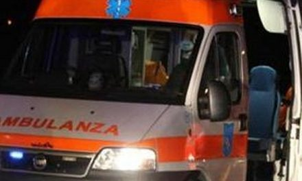 Milano. Incidente stradale tra una smart e una moto: due morti