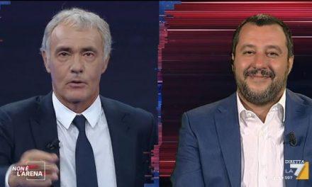 """Salvini annuncia: """"Torno a Napoli, ha bisogno di regole in alcuni quartieri""""."""