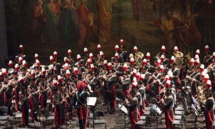 """Celebrazioni per il 75° delle Quattro Giornate. La Banda dell'Arma omaggia Napoli al Teatro """"San Carlo"""""""