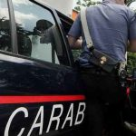 Afragola. Tentano di rubare dei detergenti in un capannone: 33enne arrestato dai carabinieri, denunciato il complice