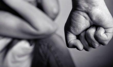 Pompei. I carabinieri arrestano giovane 22enne per violenza e estorsione alla madre