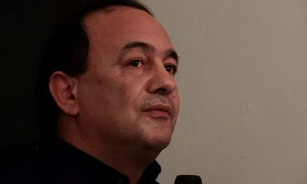 Arrestato il sindaco di Riace Mimmo Lucano per favoreggiamento dell'immigrazione