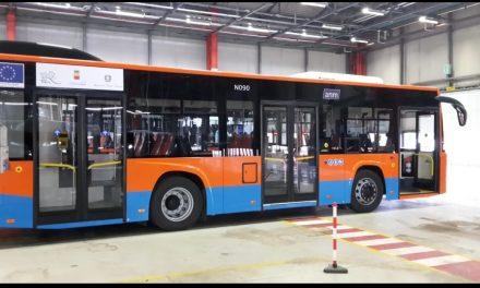 Trasporti a Napoli. Arrivano 52 nuovi autobus super tecnologici