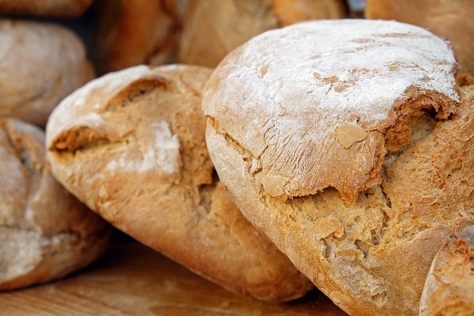 I carabinieri NAS Pescara: controlli sulla vendita di pane, distrutti 8 quintali di prodotti da forno