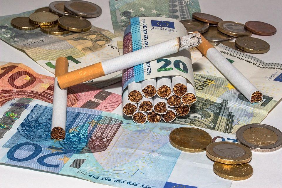 Aumentano le tasse sulle sigarette e sui sigari