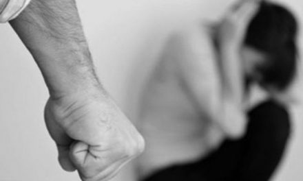 Castellammare di Stabia: carabinieri arrestano 47enne per aggressione alla moglie