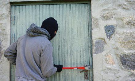 Casoria, nuovi furti in appartamenti: rubati gioielli