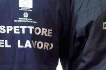 Palma Campania. Lavoro nero: carabinieri denunciano titolare opificio e dipendenti