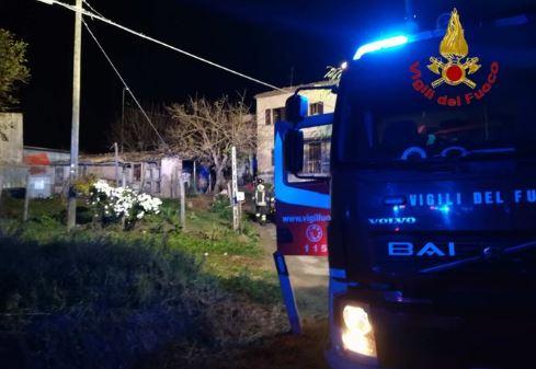 Incendio a Sarnano distrugge abitazione: morti mamma e figlio