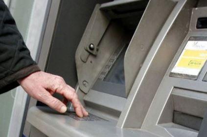 """Casandrino – Grumo Nevano. Tecnica del """"filo di banca"""" a imprenditori: arrestati due uomini"""