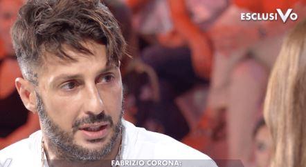 """Nuovi guai per Fabrizio Corona, il procuratore generale: """"Torni in carcere"""""""