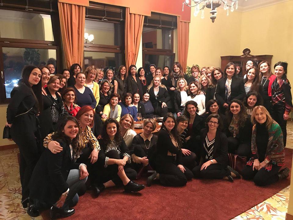 """Rosso Corallo: l'aperitivo a cura de Le Donne del Vino a sostegno del progetto """"Lorena Casa delle Donne contro la Violenza"""""""