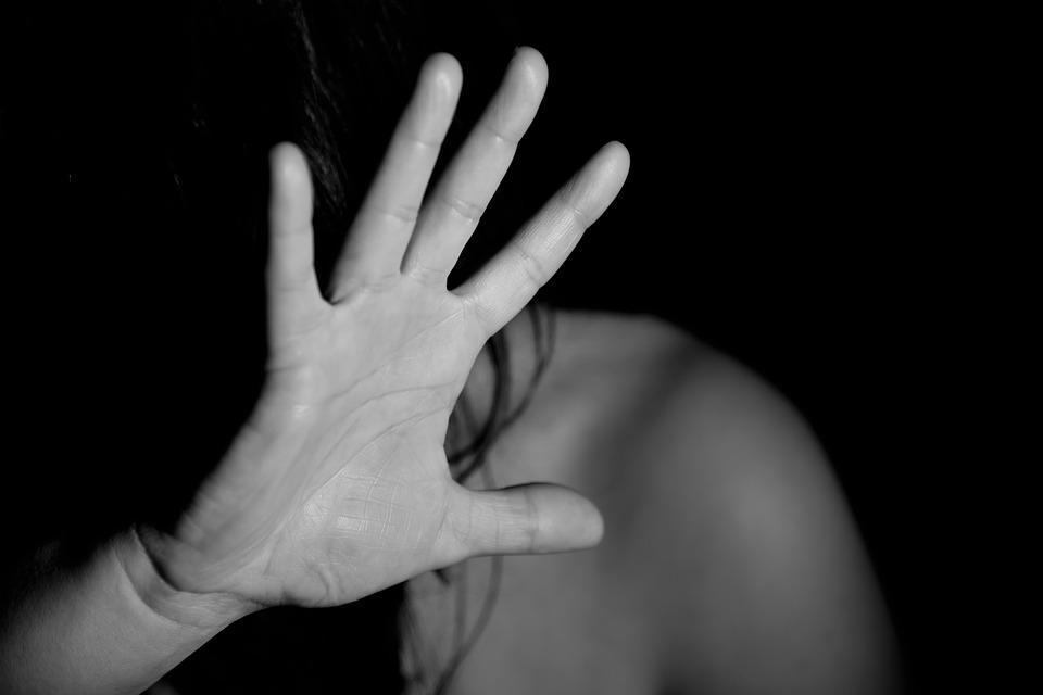 Portici. Aggredisce la madre per soldi: arrestato un 39enne