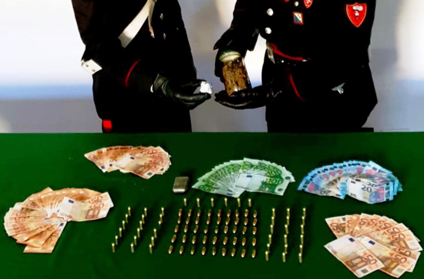 Pompei. Nasconde droga nella dispensa: carabinieri lo arrestano