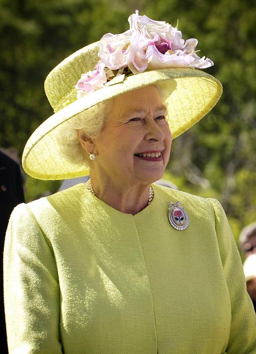 """Chiesa Anglicana: viaggio nella storia della religione che riconosce la Regina per """"capo supremo"""""""