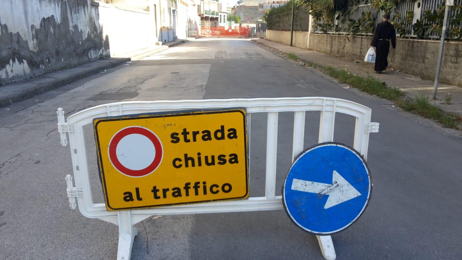 Caos viabilità a Casoria: via Nazario Sauro ancora chiusa al traffico