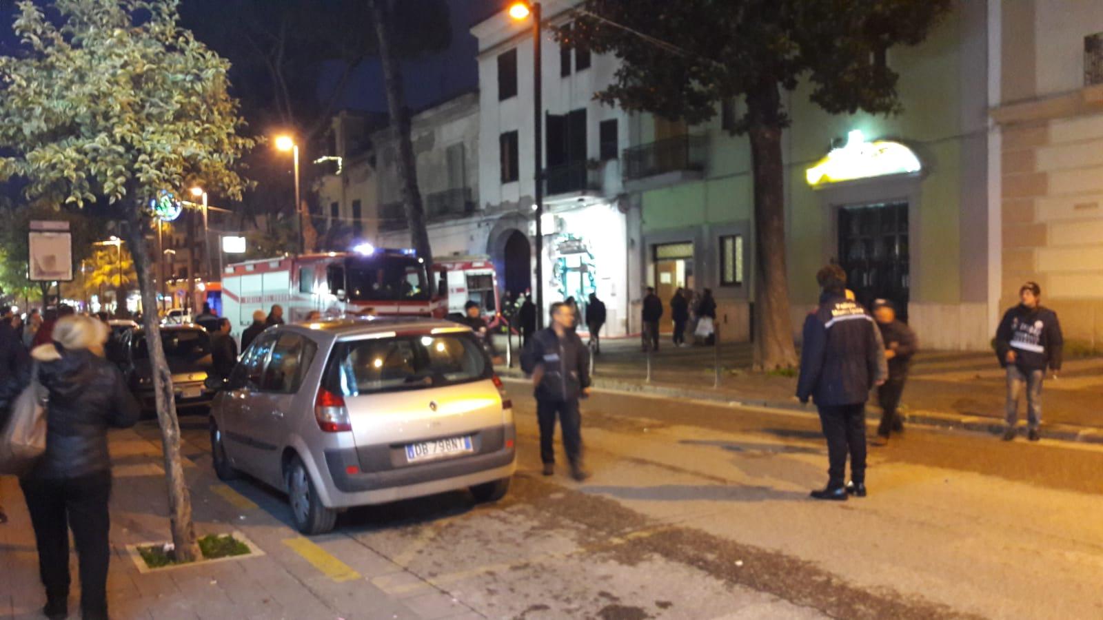 Paura ad Afragola: in fiamme una parte dell'Istituto San Giuseppe