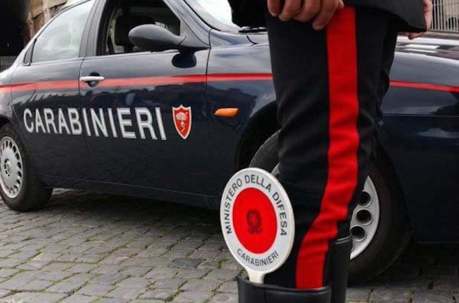 San Giorgio a Cremano: arrestati dai carabinieri un dipendente pubblico e un imprenditore