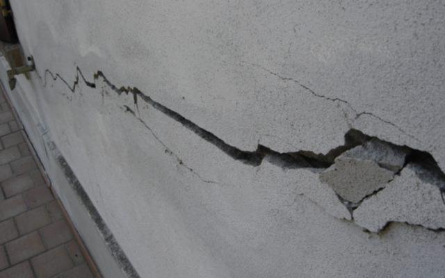 Terremoto di magnitudo 4.8 a nord di Catania, danni e dieci feriti lievi