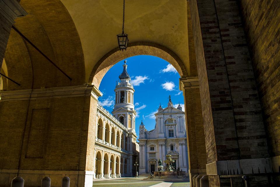 Nazareth o Loreto? Dov'è la vera casa della Vergine?