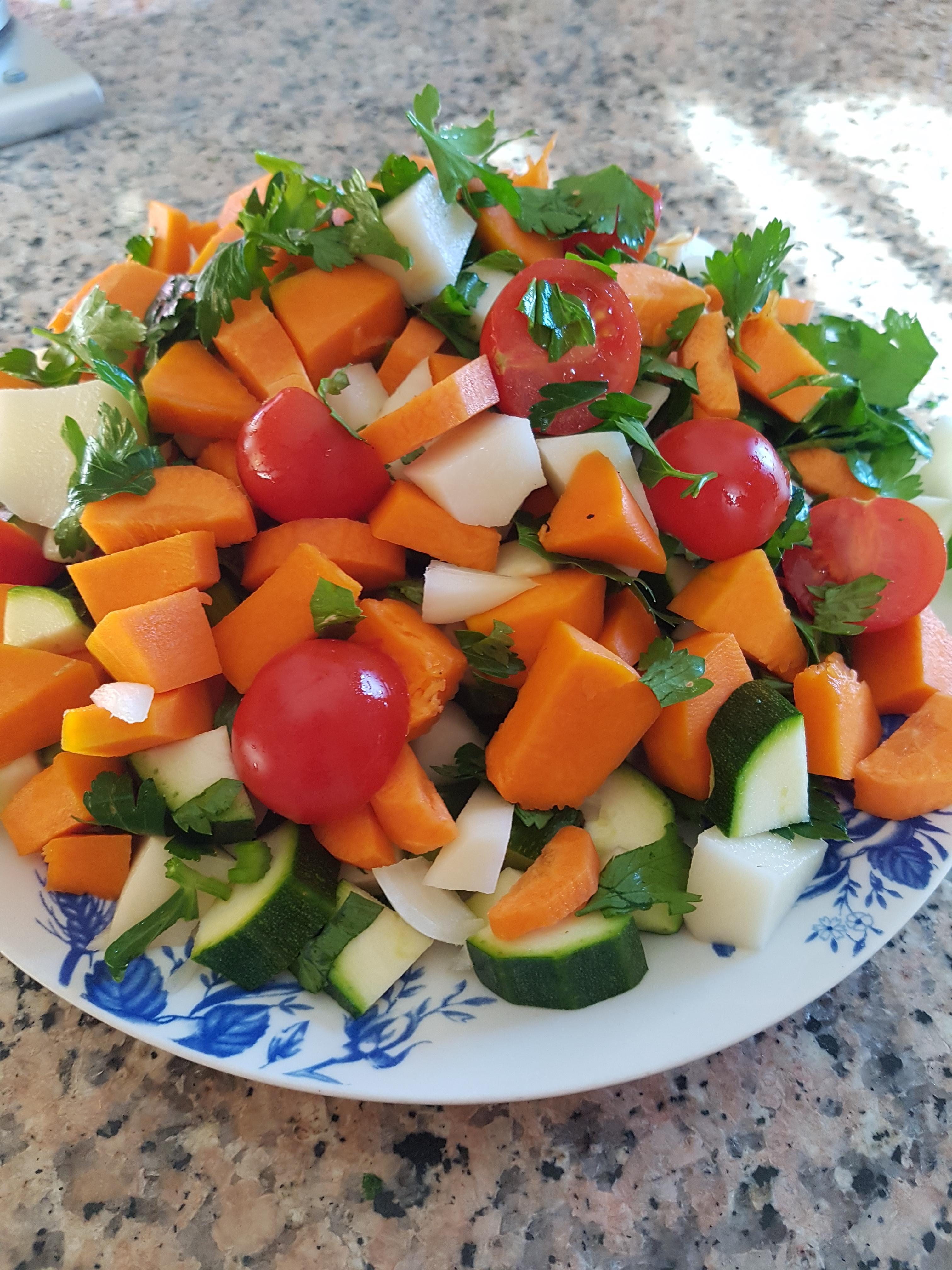 Un ottimo alleato della salute: il brodo vegetale