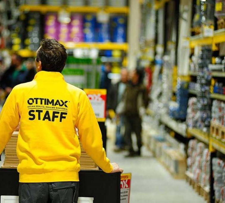 Ottimax-Afragola chiude, a rischio 70 posti di lavoro. Una dipendente: 5 minuti per distruggere i miei sogni