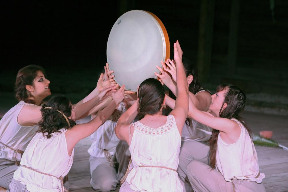 """Il Nostos Teatro di Aversa mette in scena la grande tragedia greca: """"le supplici"""""""