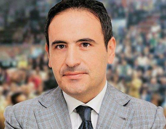 L'ex sindaco di Scafati minaccia il suicidio: ecco il post comparso su Facebook