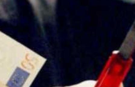 Ercolano. Minaccia madre 77enne e fratello per ottenere soldi: arrestato dai carabinieri