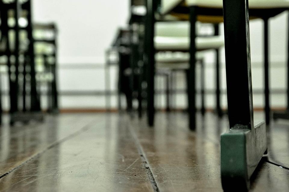 Afragola. Il sindaco Grillo proroga la chiusura delle scuole fino all'8 Dicembre