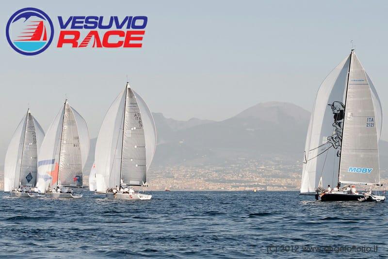 Via alla seconda edizione della Vesuvio Race, uniti dalla passione per il mare