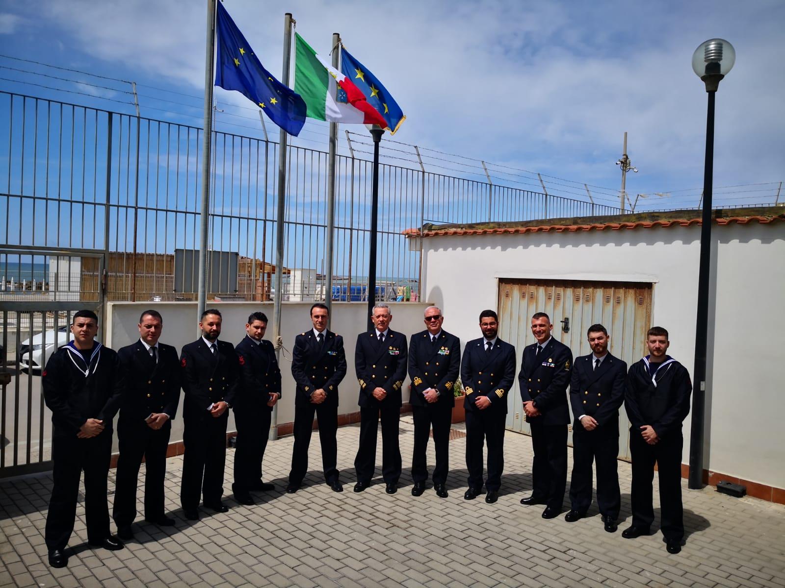 Il comandante generale della Capitaneria di porto in visita a Pozzuoli