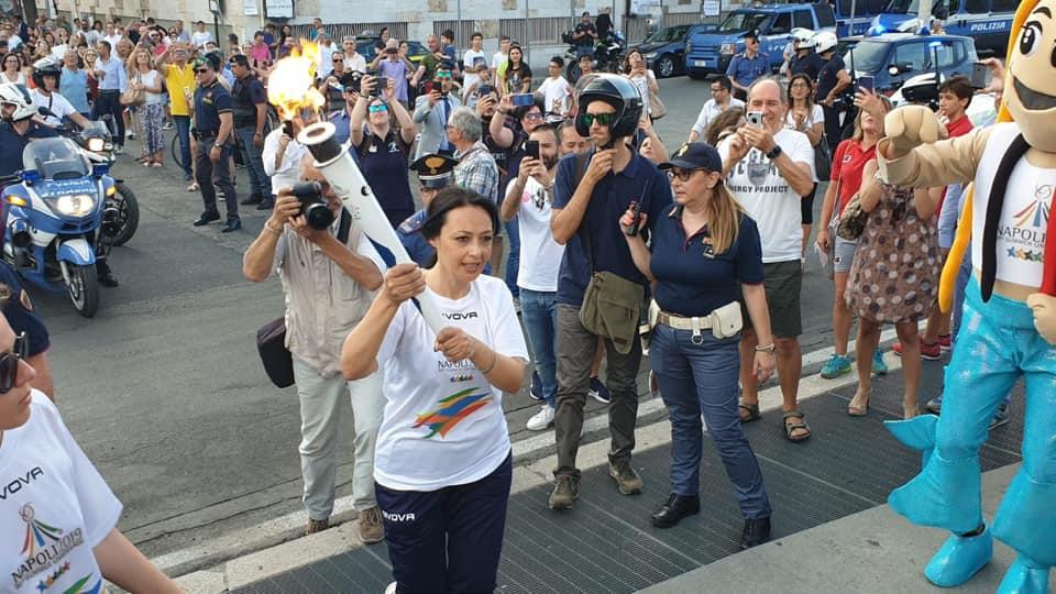 L'assessore Sonia Palmeri tedofora d'eccezione per la tappa di Caserta della torcia olimpica