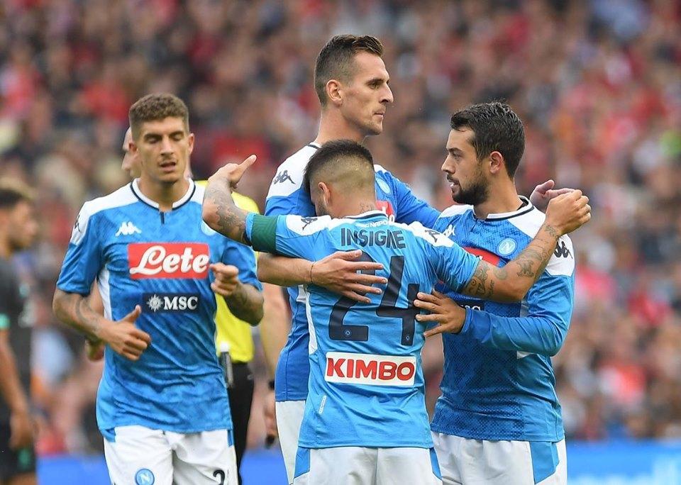 Il Napoli batte i campioni d'Europa con un secco 0-3. Ora si aspetta solo il colpo di ADL