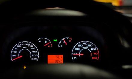 """Casoria. Auto e moto a folle velocità. I cittadini: """"Abbiamo paura, qui ci scappa il morto"""""""