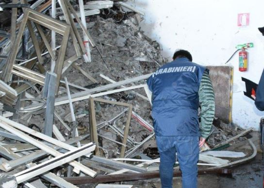 Rifiuti pericolosi a Grumo Nevano e Casandrino: sequestri e denunce