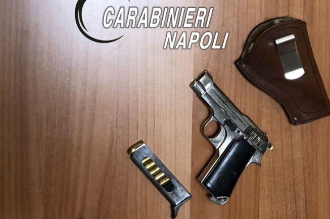Crispano, i carabinieri arrestano un 41enne: aveva nascosto una pistola
