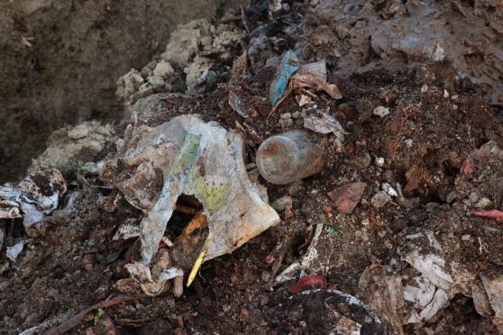 Afragola. Sversava rifiuti nei terreni: giovane 26enne incastrato dalla telecamere