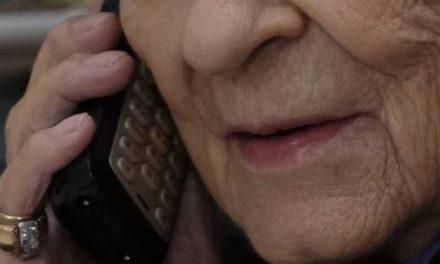 Truffa nel Napoletano: si finge corriere per truffare un'anziana, arrestata donna