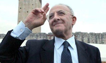 Niente lockdown in Campania: le richieste di De Luca al governo