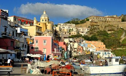 Un paradiso senza plastica: Procida si candida a essere la prima isola plastic bags free d'Italia