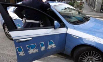 Napoli. Ha aggredito per futili motivi la madre: la polizia arresta giovane