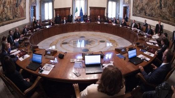 Consiglio dei Ministri. Approvati aiuti per oltre 2 miliardi: via al decreto ristori Ter