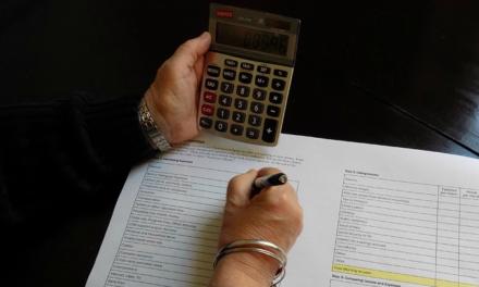 Condannata per estorsione: per restituire i documenti alla cliente una ragioniera chiede 5.700 euro