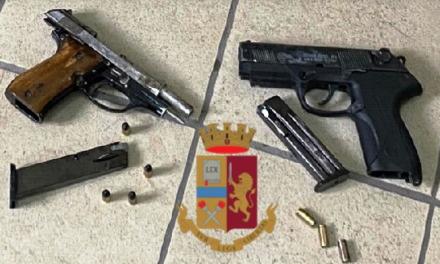 Secondigliano. Blitz della Polizia: 81 persone identificate, sequestrate armi e droga