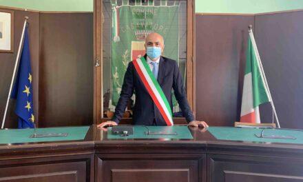 """Covid a Casavatore. Il sindaco Marino: """"Mettete da parte le polemiche e cerchiamo di essere uniti""""."""