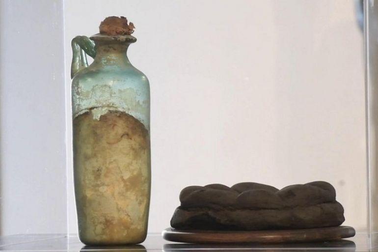 L'olio di oliva più antico al mondo conservato al Museo archeologico nazionale di Napoli: le parole di Alberto Angela