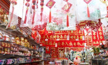 Negozi cinesi presi d'assalto durante il weekend