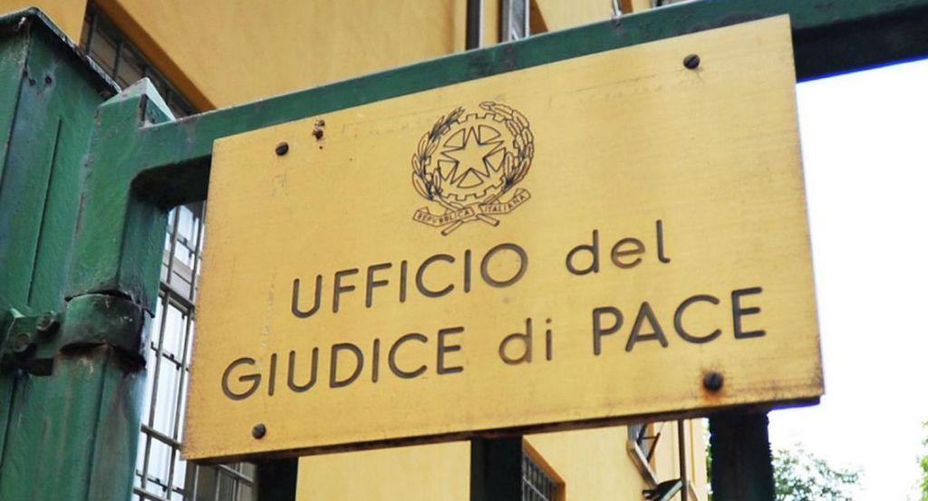 PAURA tra gli avvocati: chiuso l'ufficio del Giudice di Pace di Frattamaggiore per Covid