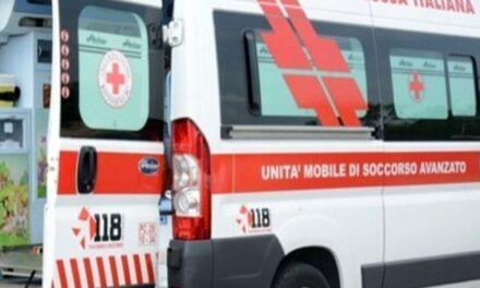 Incidente sulla Circumvallazione esterna di Napoli: 29enne muore carbonizzato in auto